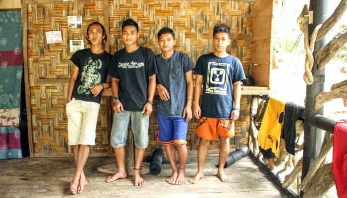 batu-rongring-hosts