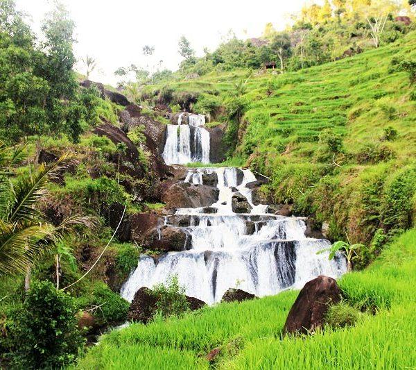nglanggaran-uitzicht-waterval