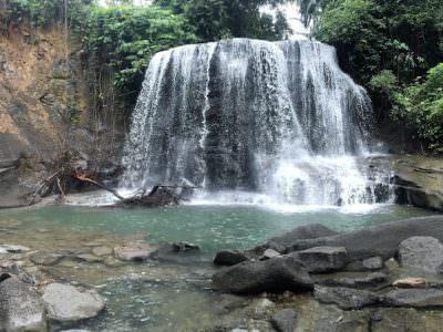 De waterval in Tangkahan