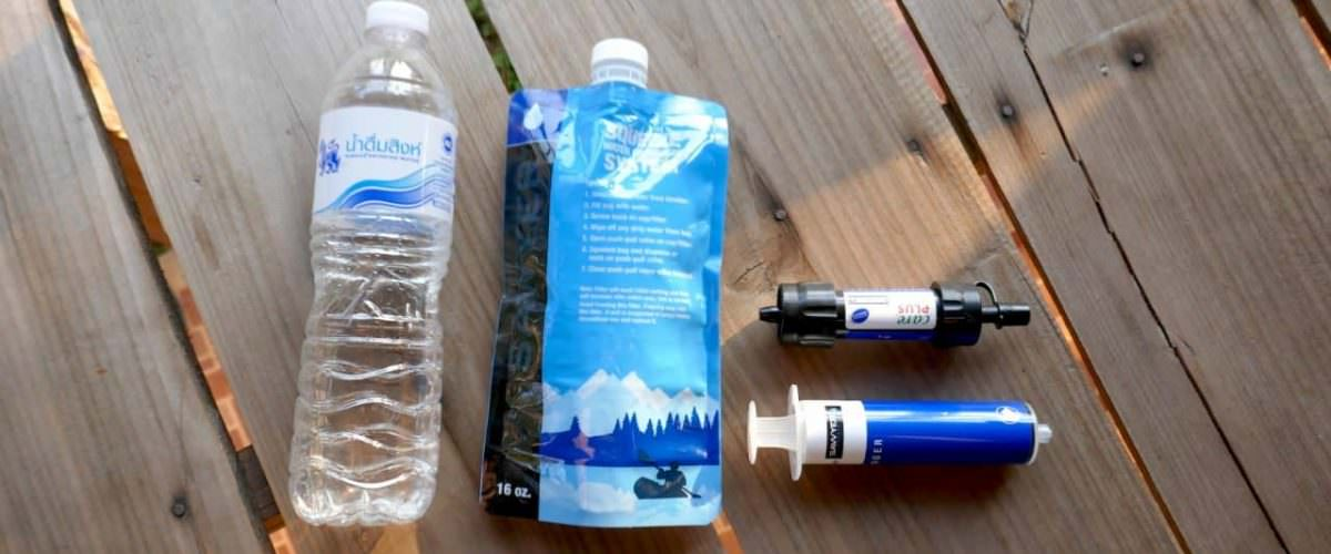 waterflesjes besparen op reis